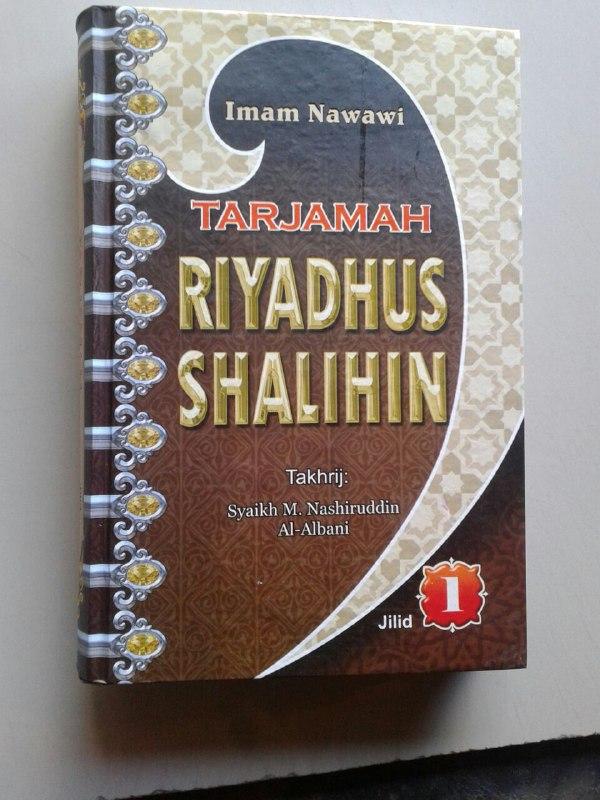 Buku Tarjamah Riyadhus Shalihin Set 2 Jilid cover 2