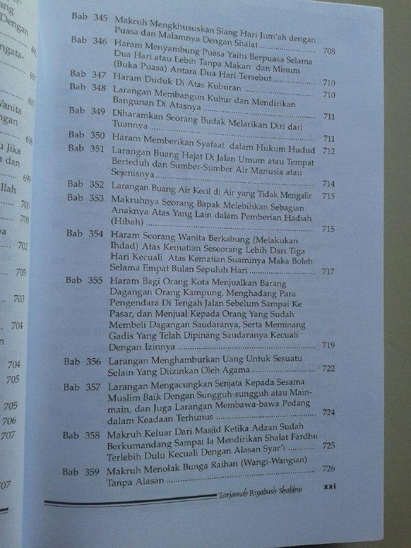 Buku Tarjamah Riyadhus Shalihin Set 2 Jilid isi
