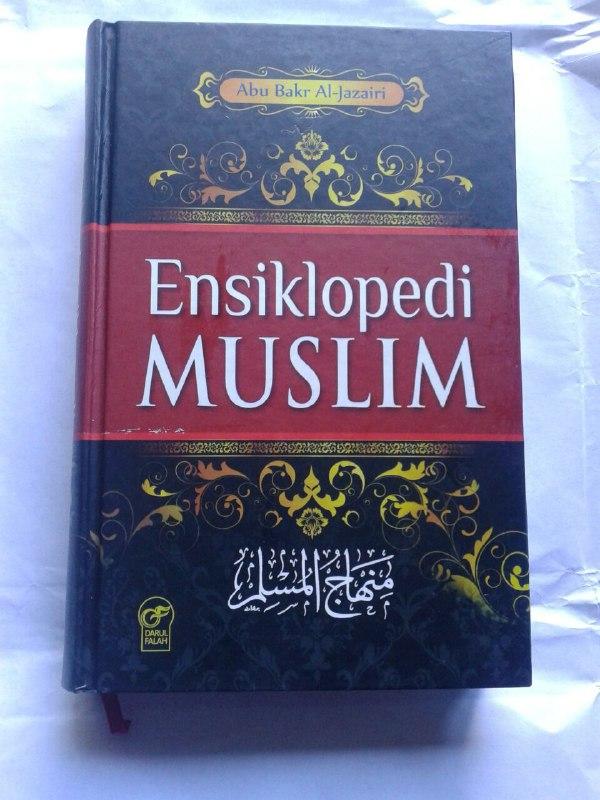 Buku Ensiklopedi Muslim Minhajul Muslim cover