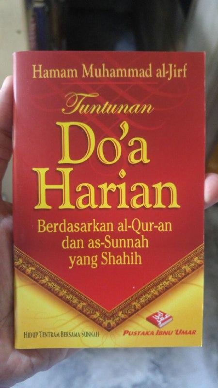 Buku Saku Tuntunan Do'a Harian Berdasarkan Al Quran Dan As Sunnah Yang Shahih cover