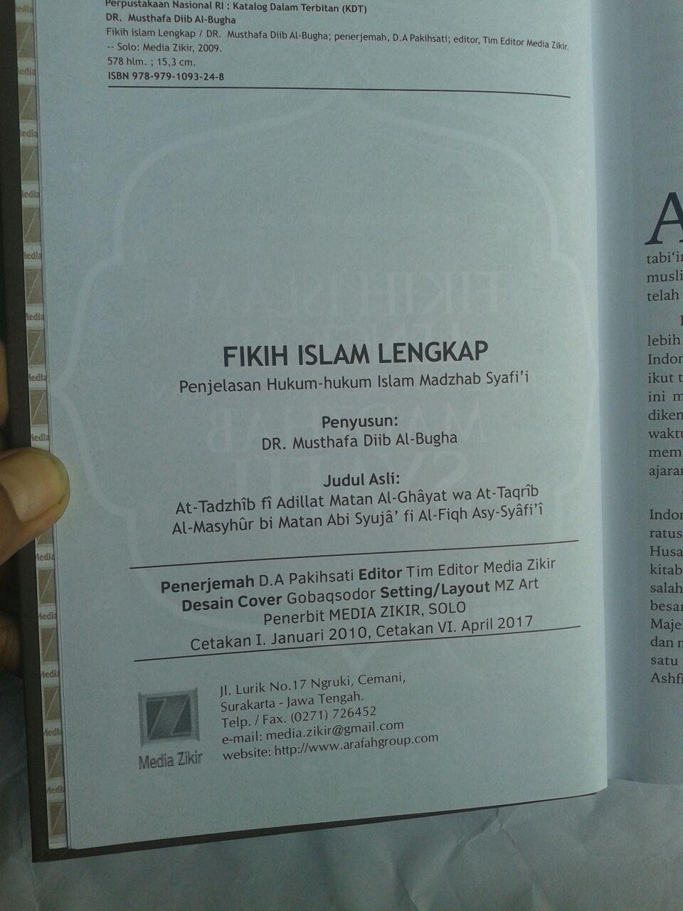 Buku Fikih Islam Lengkap Penjelasan Hukum Hukum Islam Madzhab Syafi'i isi