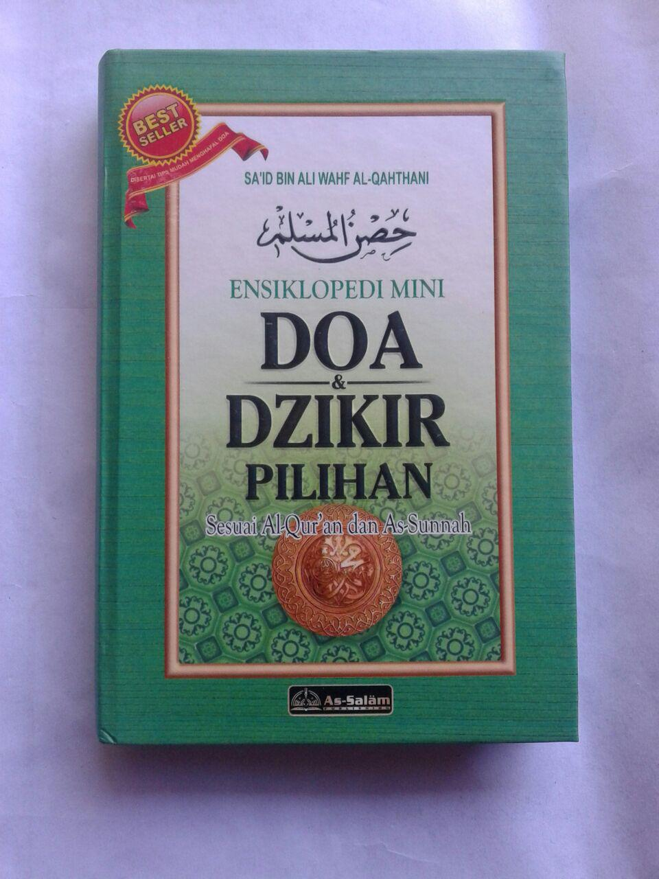 Buku Saku Hisnul Muslim Ensiklopedi Mini Doa & Dzikir Pilihan Cover
