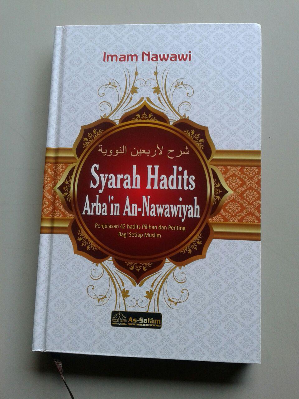 Buku Syarah Hadits Arba'in An-Nawawiyah cover 2