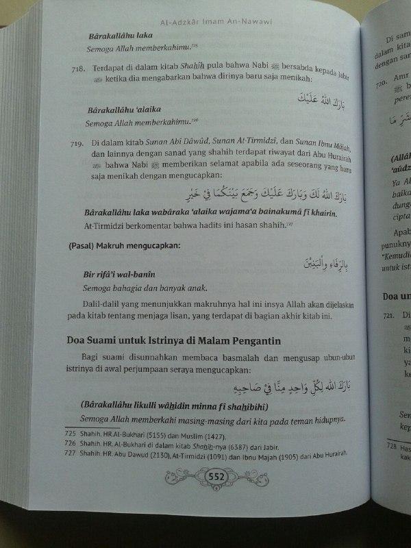 Buku Al-Adzkar Imam An Nawawi Ensiklopedi Dzikir dan Doa isi