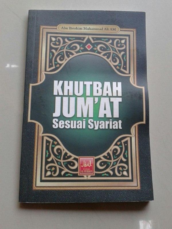 Buku Khutbah Jumat Sesuai Syariat cover 2