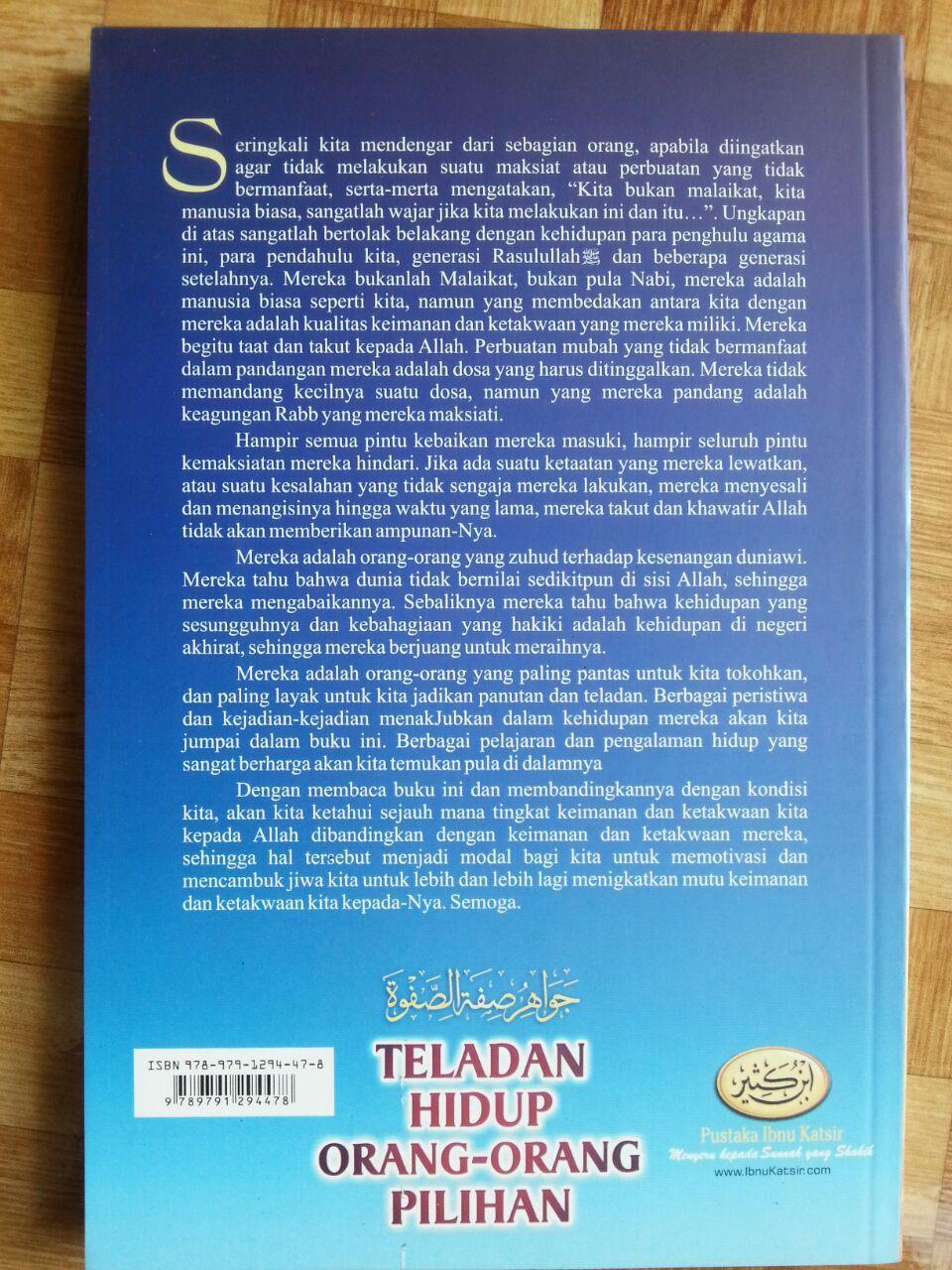 Buku Teladan Hidup Orang-Orang Pilihan cover