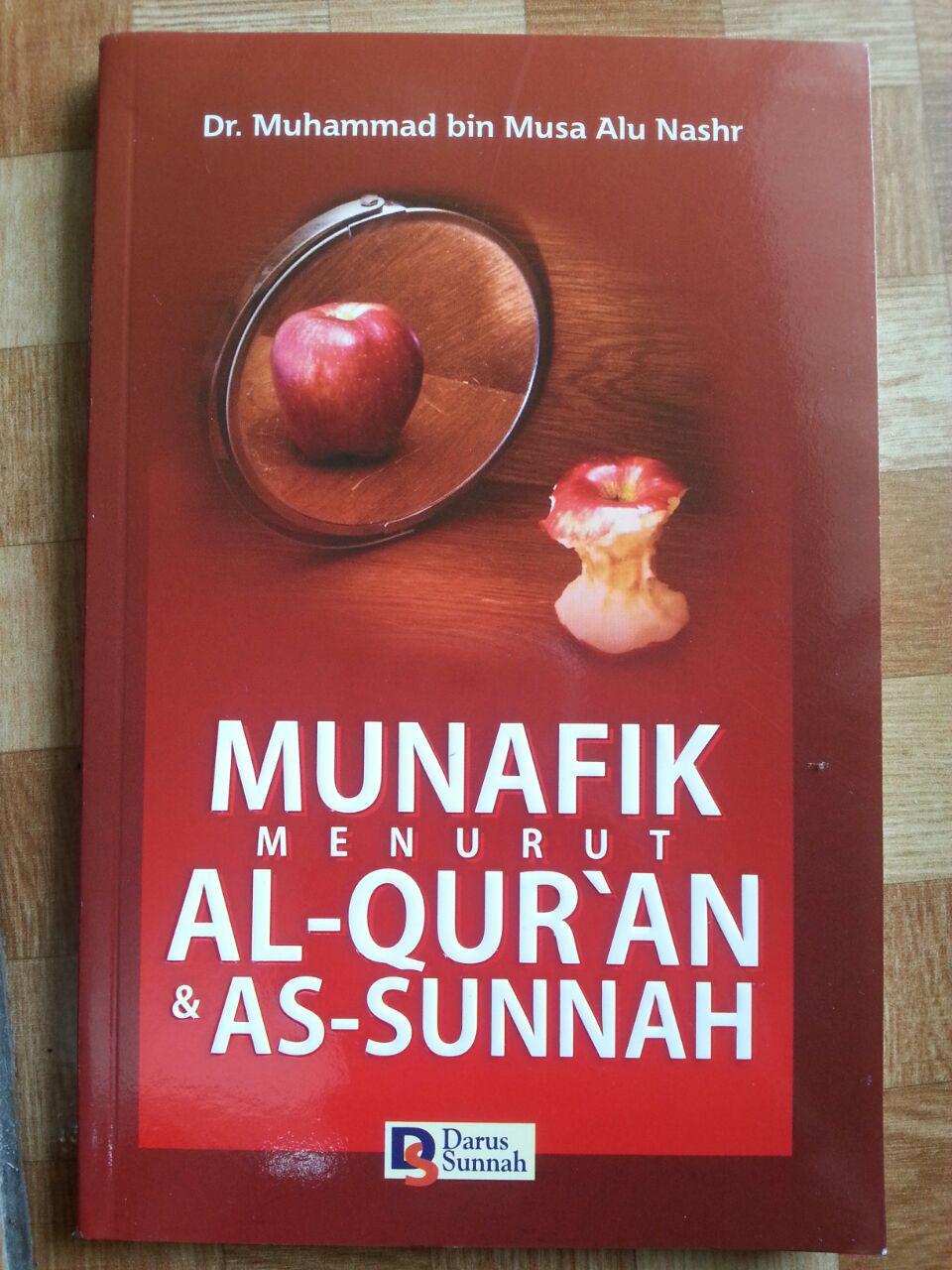 Buku Munafik Menurut Al-Quran dan As-Sunnah cover