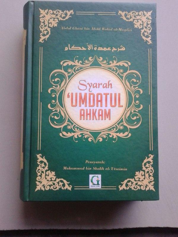 Buku Penjelasan Hadits-Hadits Hukum cover