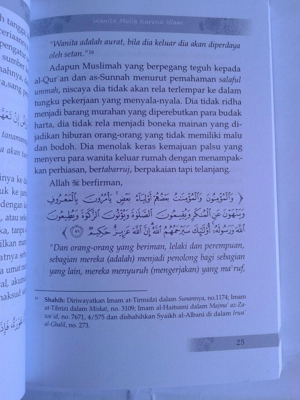 Buku Menjadi Bidadari Cantik Ala Islami Sosok Wanita Shalihah isi 3