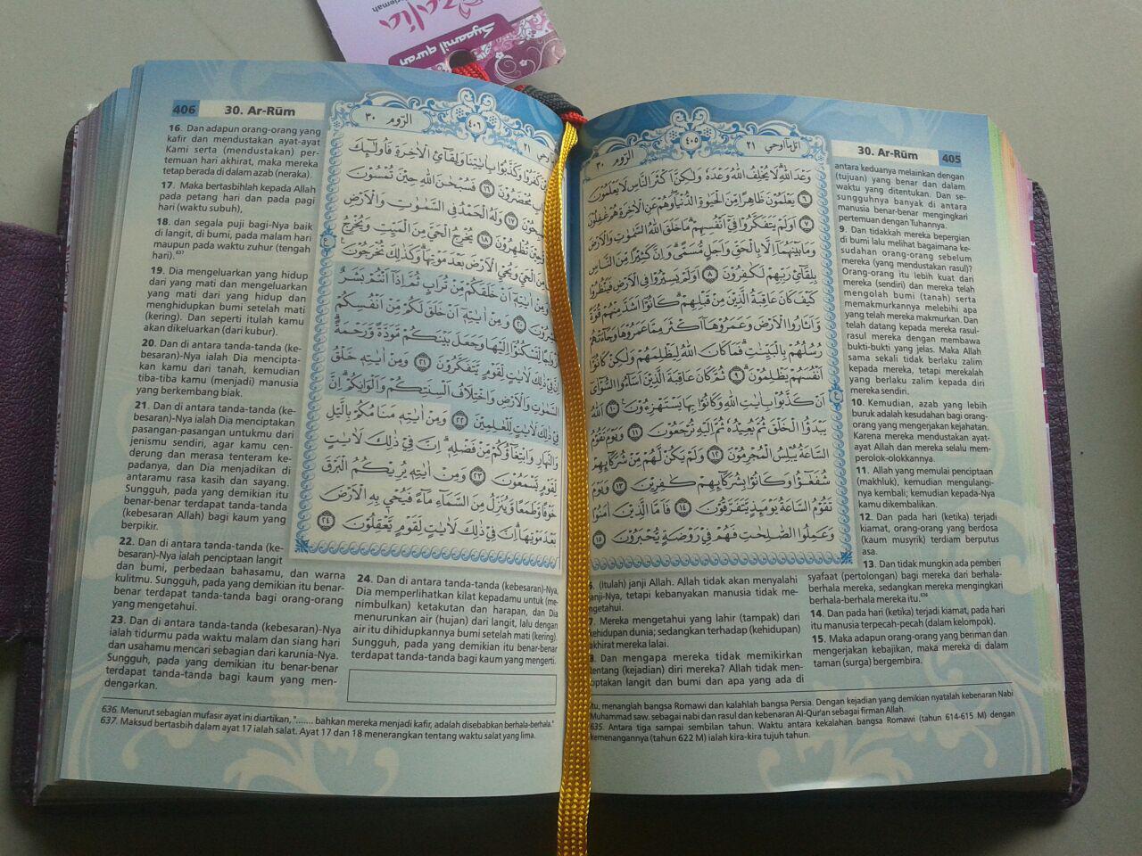 Al-Qur'an Mushaf Terjemah Yasmina Sampul Kancing Magnet Ukuran B6 isi