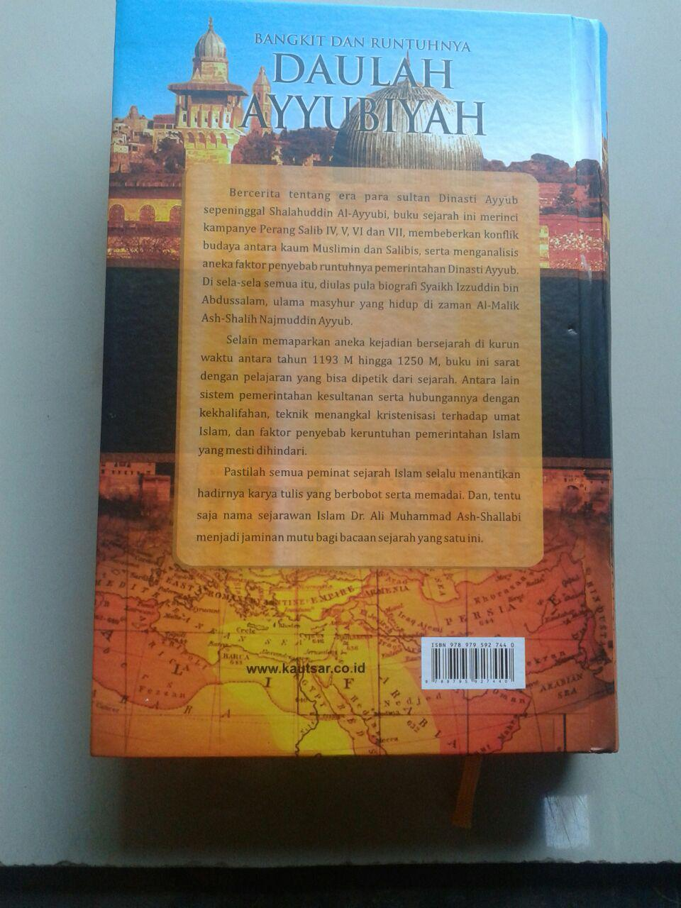 Buku Bangkit Runtuhnya Daulah Ayyubiyah cover