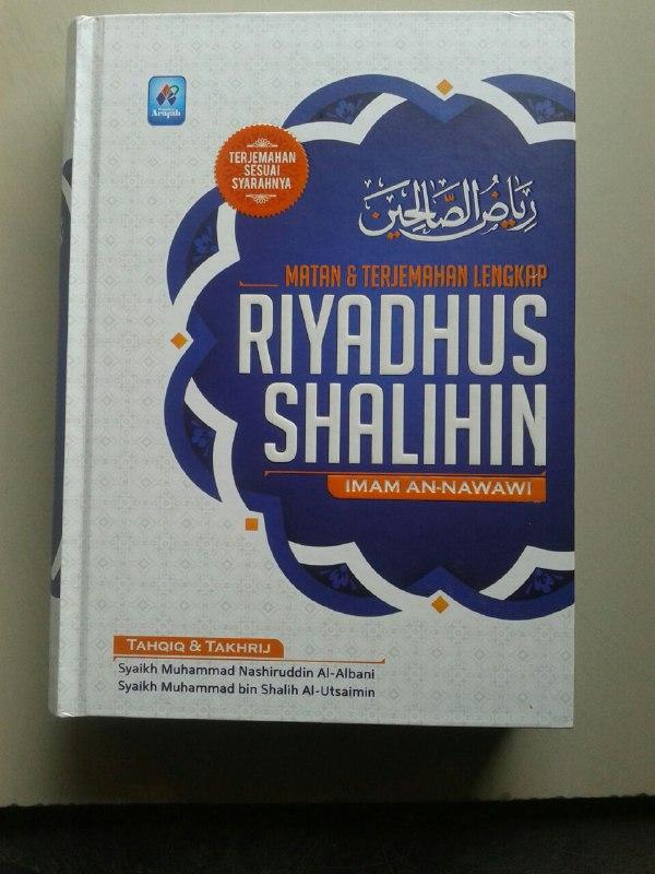 Buku Matan & Terjemahan Lengkap Riyadhus Shalihin cover 2
