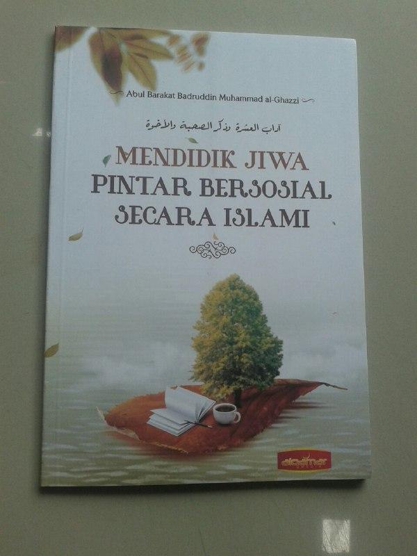 Buku Mendidik Jiwa Pintar Bersosial Secara Islami cover 2