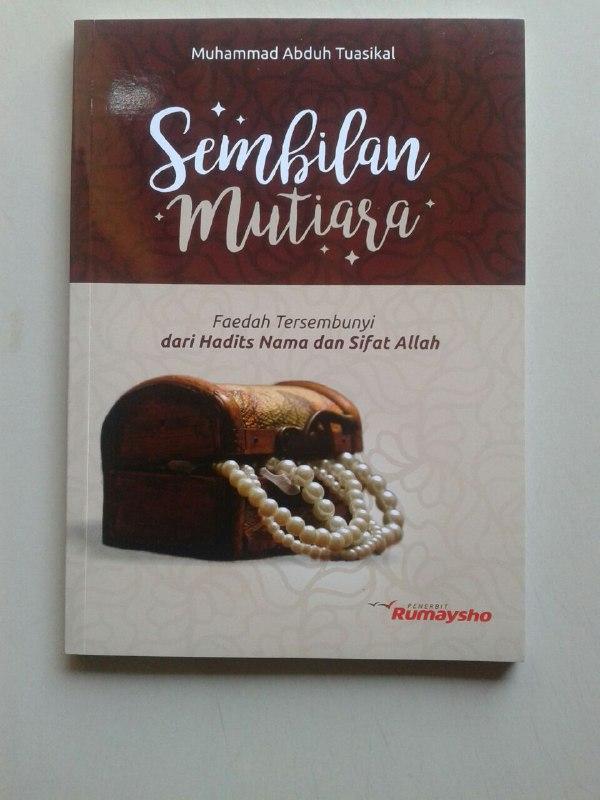 Buku Sembilan Mutiara Faedah Dari Hadits Nama Dan Sifat Allah cover 2