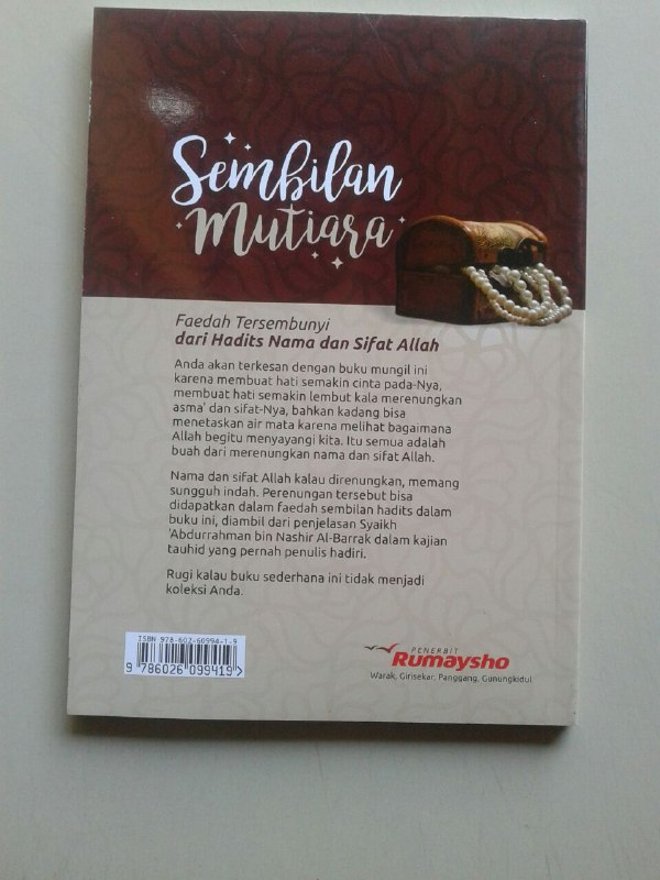 Buku Sembilan Mutiara Faedah Dari Hadits Nama Dan Sifat Allah cover