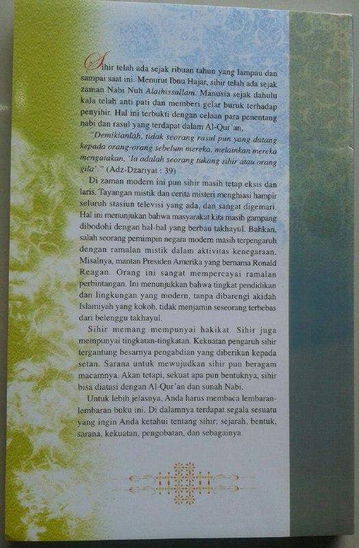 Buku Candu Mistik Menyingkap Rahasia Sihir & Perdukunan cover 2