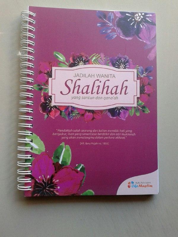 Buku Tulis Islami Spiral Cover Jadilah Wanita Shalihah cover
