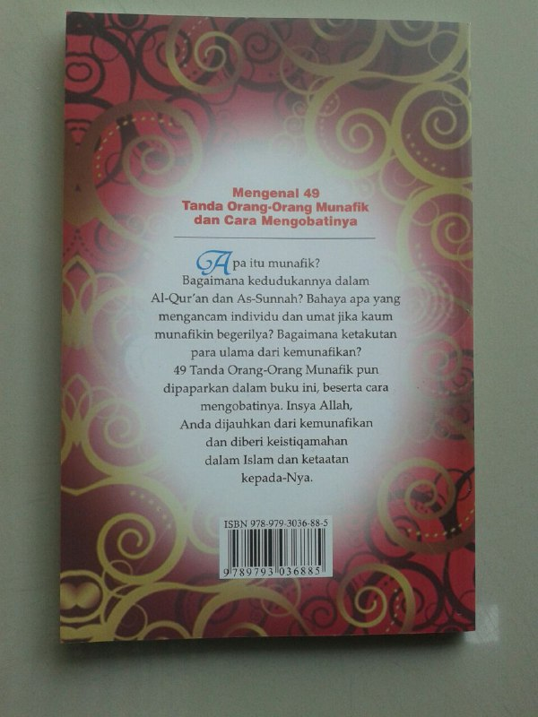 Buku Mengenal 49 Tanda Orang Orang Munafik Dan Cara Mengobatinya cover 2