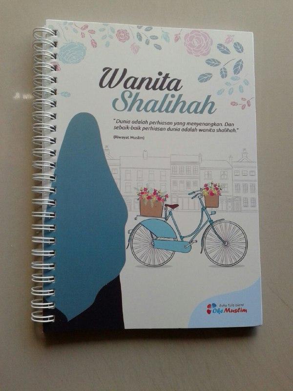Buku Tulis Islami Spiral Cover Wanita Shalihah cover