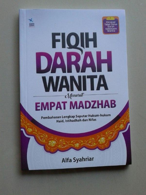 Buku Fiqih Darah Wanita Menurut Empat Madzhab Pembahasan Lengkap cover