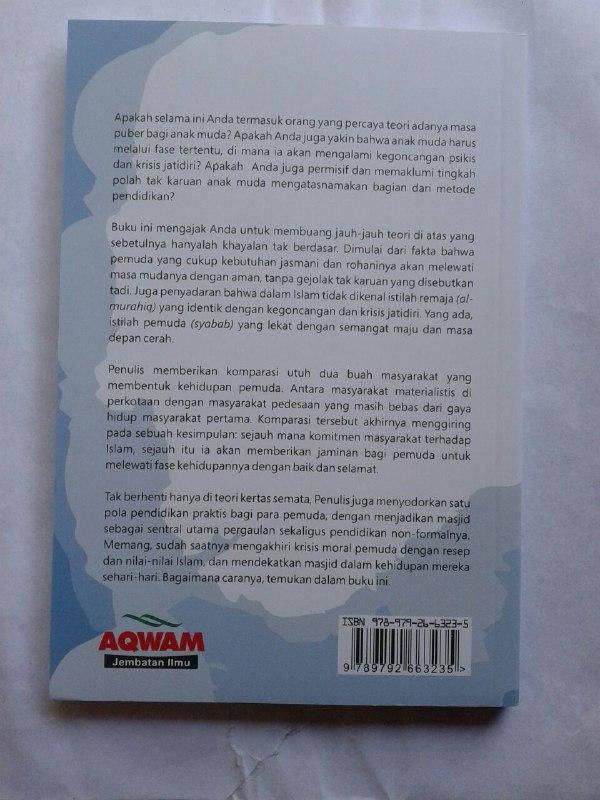 Buku Mendidik Anak Laki Laki Menyiapkan Generasi Islam Yang Unggul cover 2