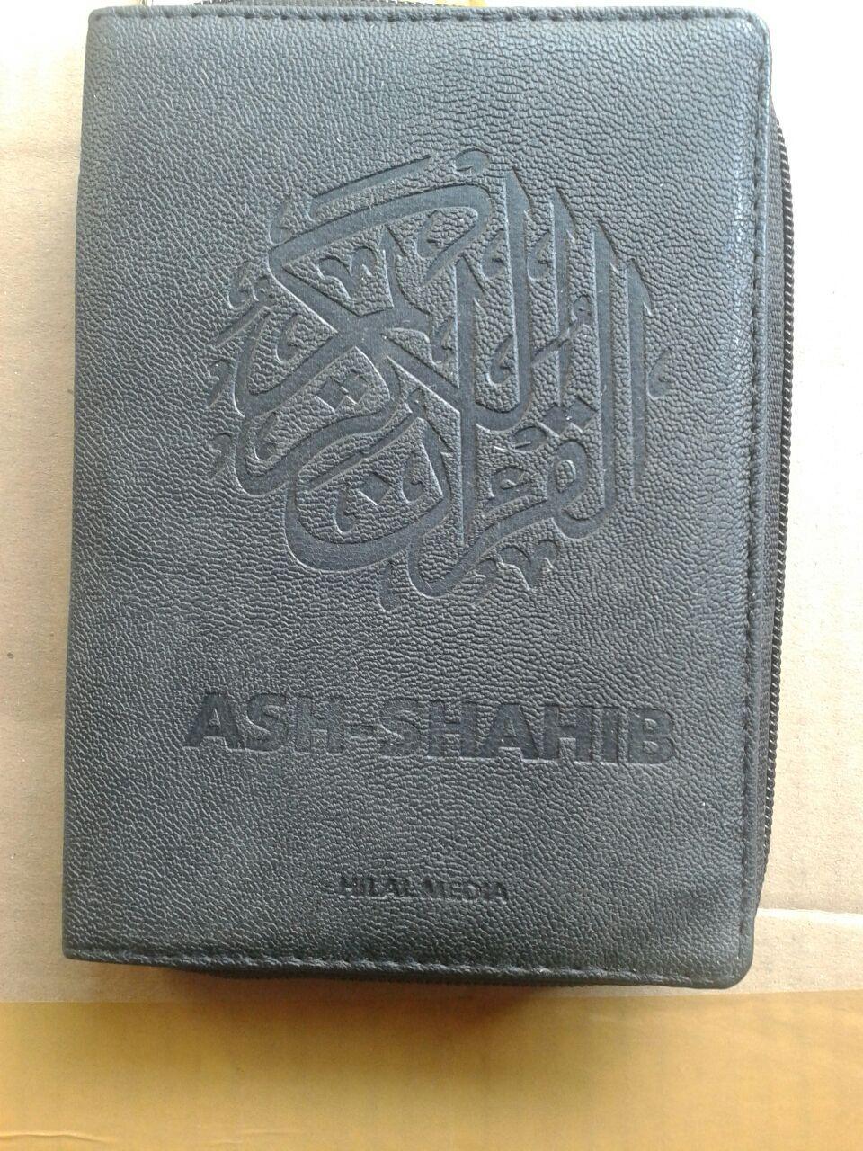 Al-Qur'an Terjemah Resleting Ash-Shahib Ukuran A6 cover