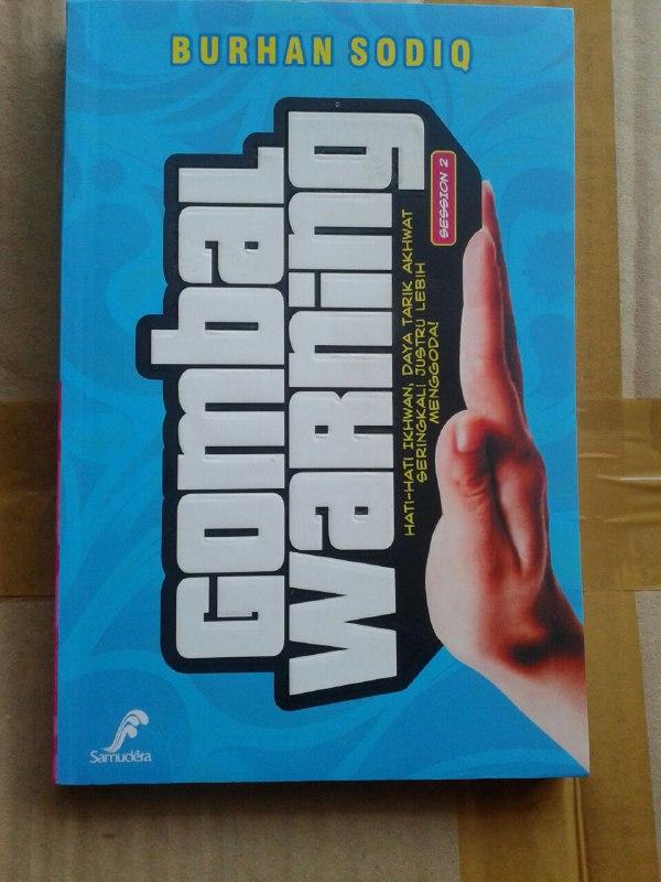 Buku Gombal Warning cover