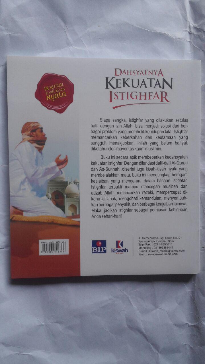 Buku Dahsyatnya Kekuatan Istighfar 22.000 15% 18.700 Kiswah Media Hasan bin Ahmad Hammam cover