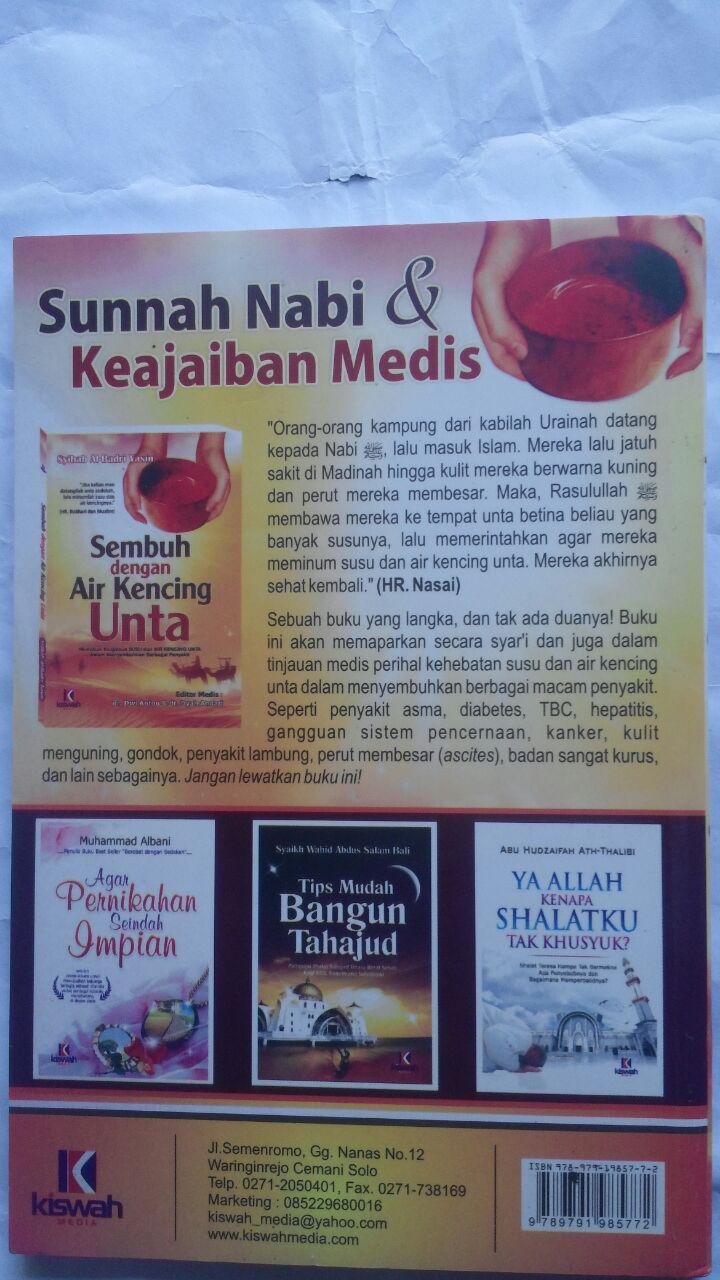 Buku Sembuh Dengan Air Kencing Unta 26.000 15% 22.100 Kiswah Media Syihab Al-Badri Yasin cover