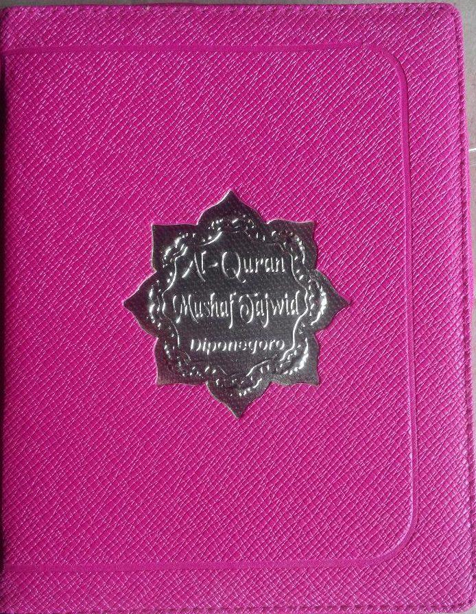 AQ150 Al-Quran Mushaf Tajwid Diponegoro Resleting A6 60.000 10% 54.000 Diponegoro cover