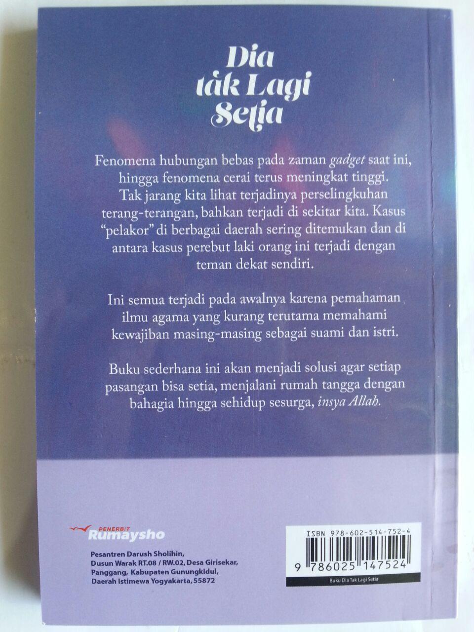 Buku Dia Tak Lagi Setia cover