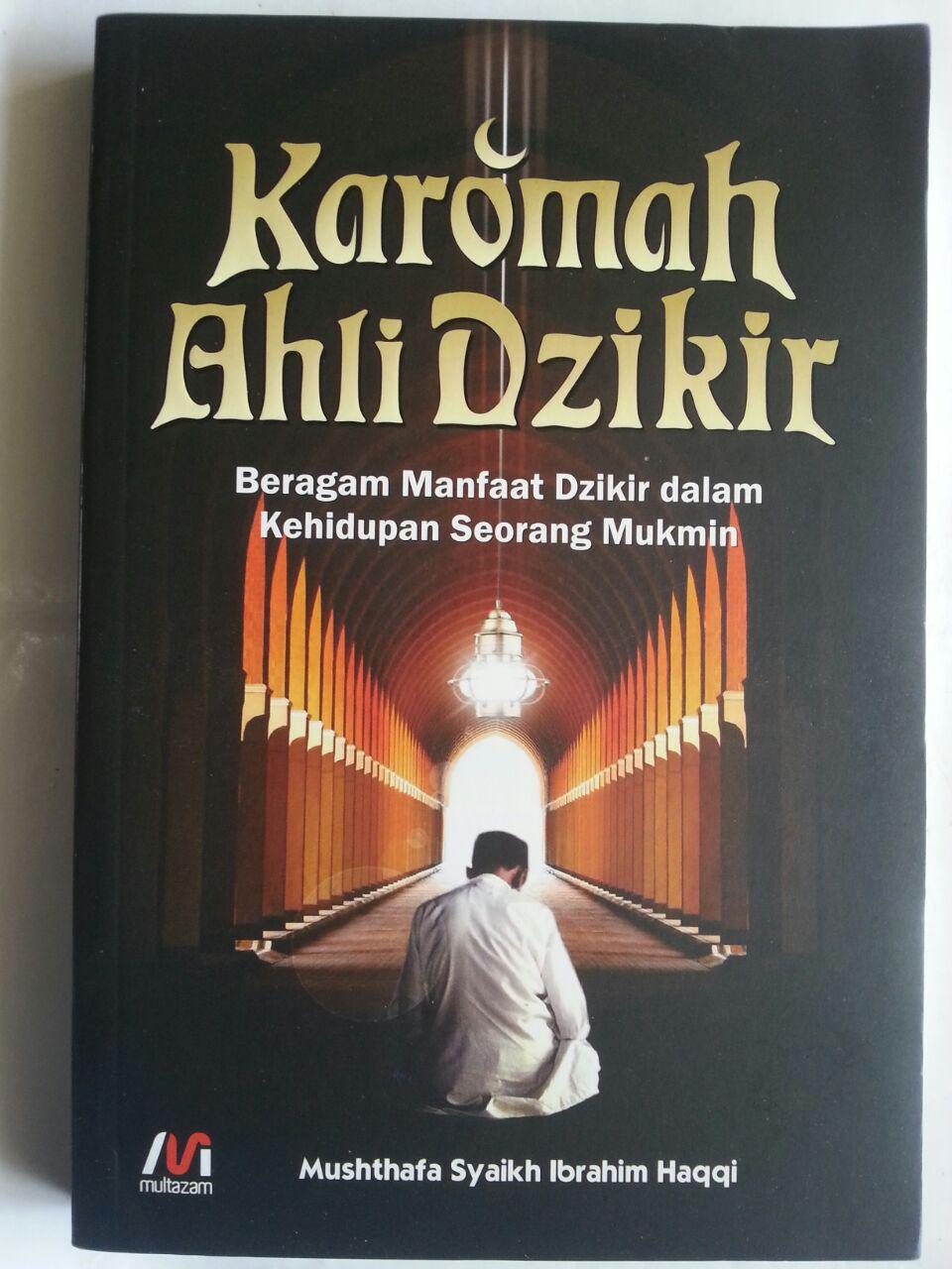 Buku Karomah Ahli Dzikir Beragam Manfaat Dzikir Mukmin cover 2