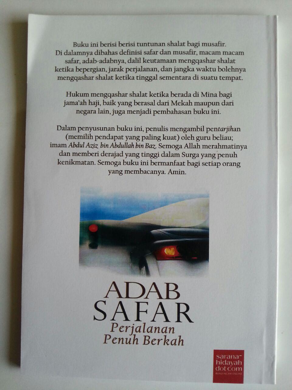 Buku Adab Safar Perjalanan Penuh Berkah cover