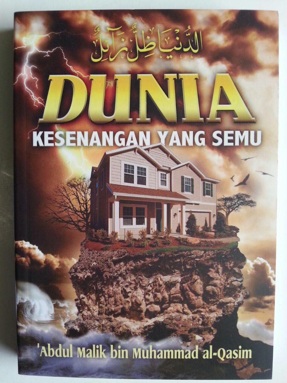Buku Dunia Kesenangan Yang Semu cover 2