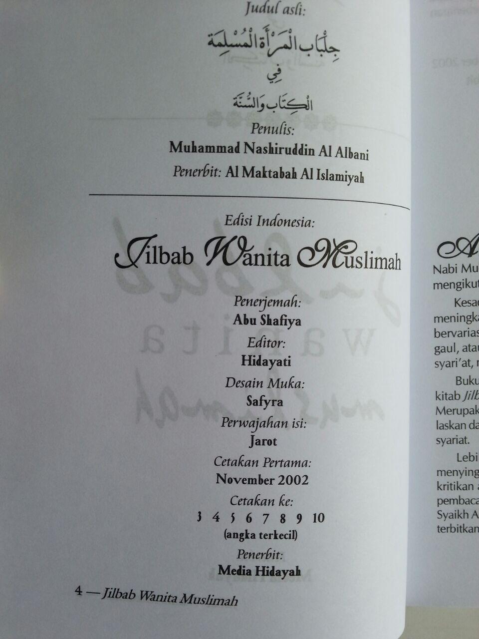 Buku Jilbab Wanita Muslimah isi