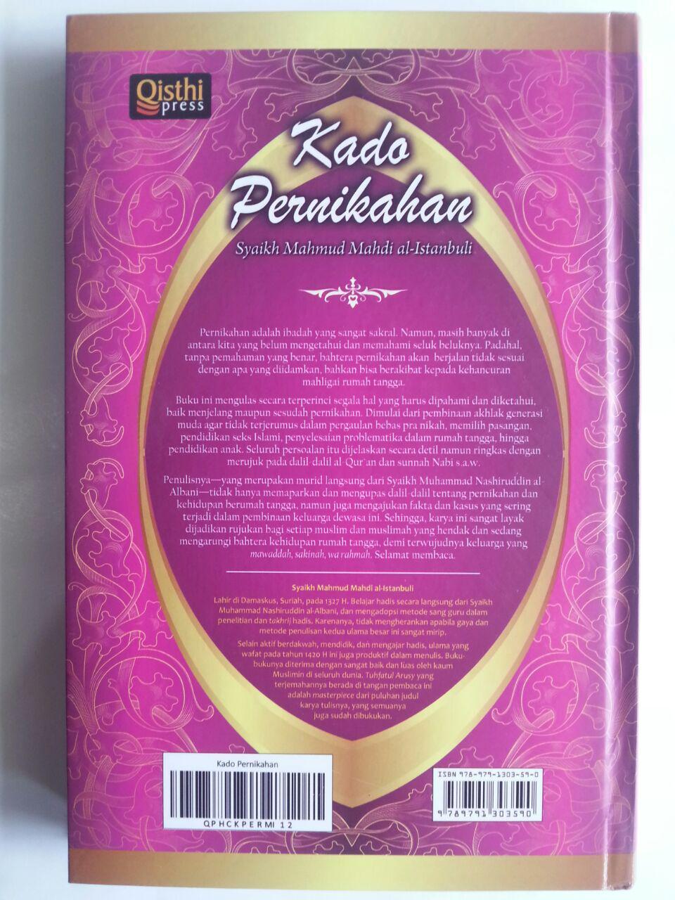 Buku Kado Perkawinan Tuntunan Mempersiapkan Pernikahan Islami cover