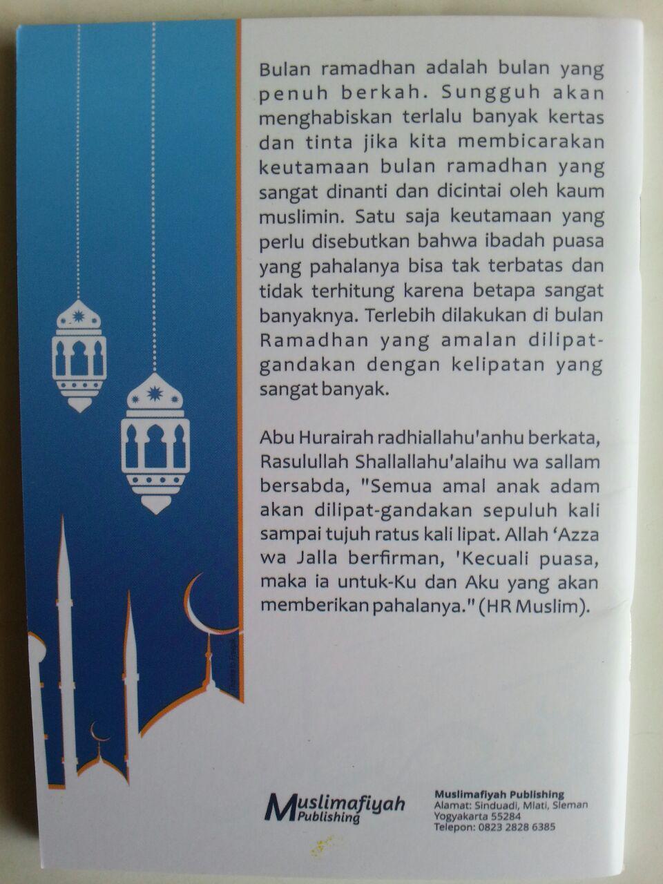 Buku Saku Sehat Dan Sunnah Menjalani Ramadhan cover