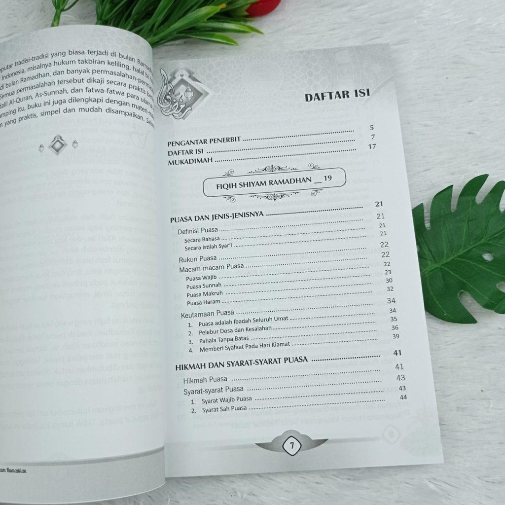 Buku Fiqih Shiyam Ramadhan Kajian Beragam Permasalahan Kontemporer Puasa