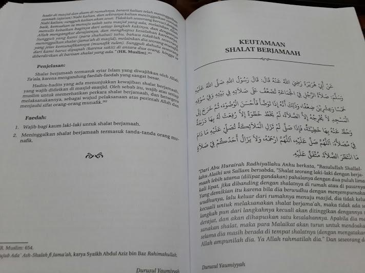 Buku 330 Hadits Pilihan Beserta Penjelasan Dan Faidah Isi