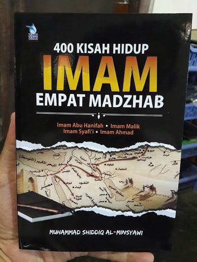 Buku 400 Kisah Hidup Imam Empat Madzhab Cover