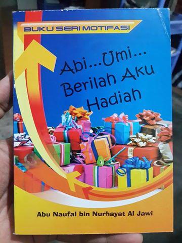 Buku Abi Umi Berilah Aku Hadiah cover