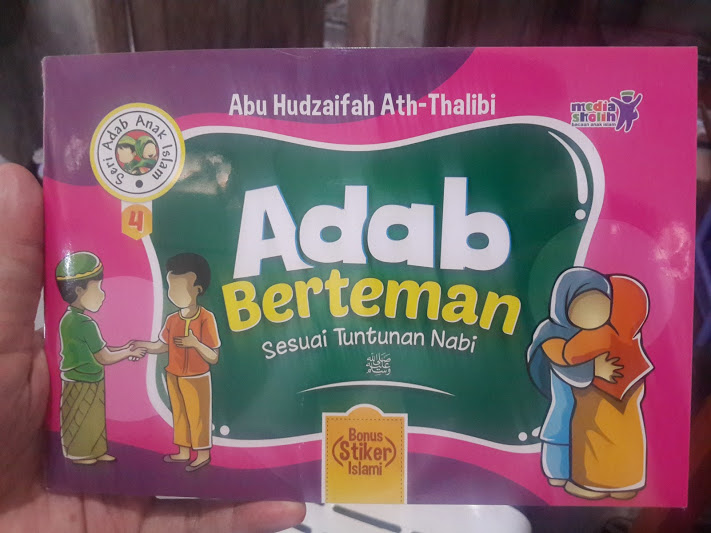 Buku Anak Adab Berteman Sesuai Tuntunan Nabi Cover