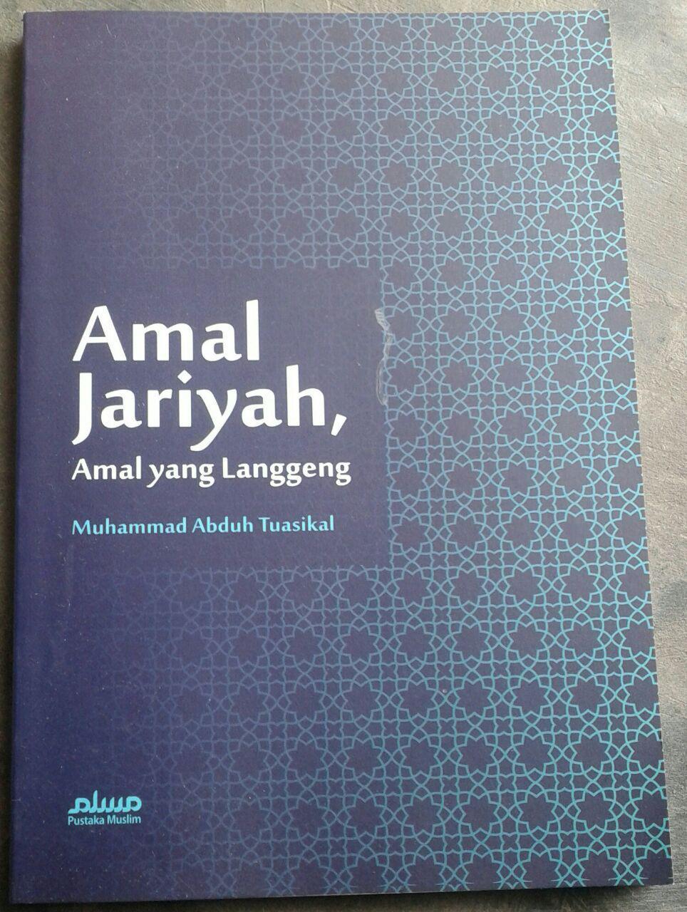 Buku Amal Jariyah Amal Yang Langgeng cover