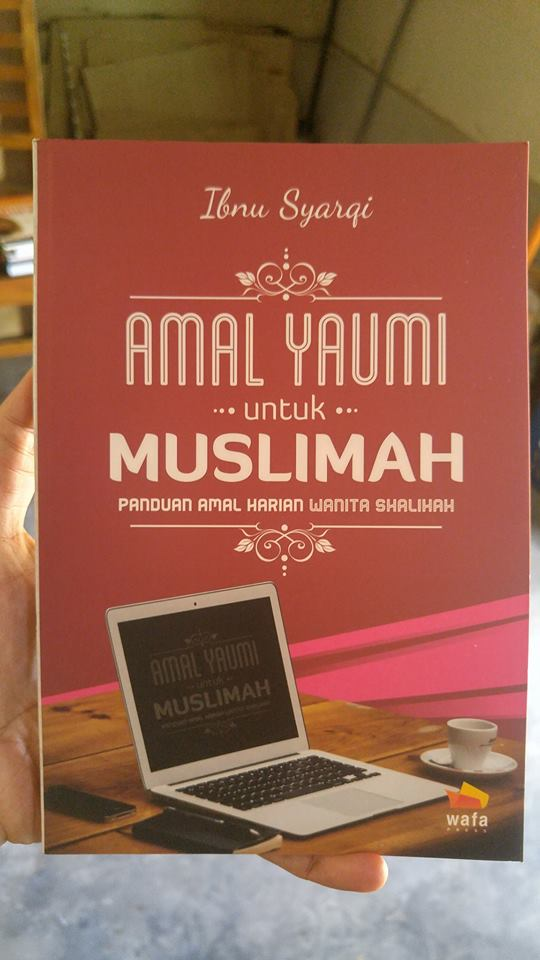 amal yaumi untuk muslimah buku cover