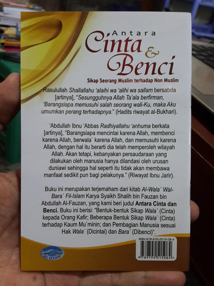 Buku Saku Antara Cinta Dan Benci Sikap Seorang Muslim cover 2