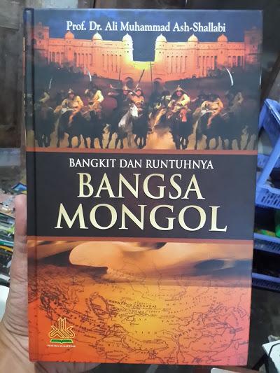 Buku Bangkit Dan Runtuhnya Bangsa Mongol Cover
