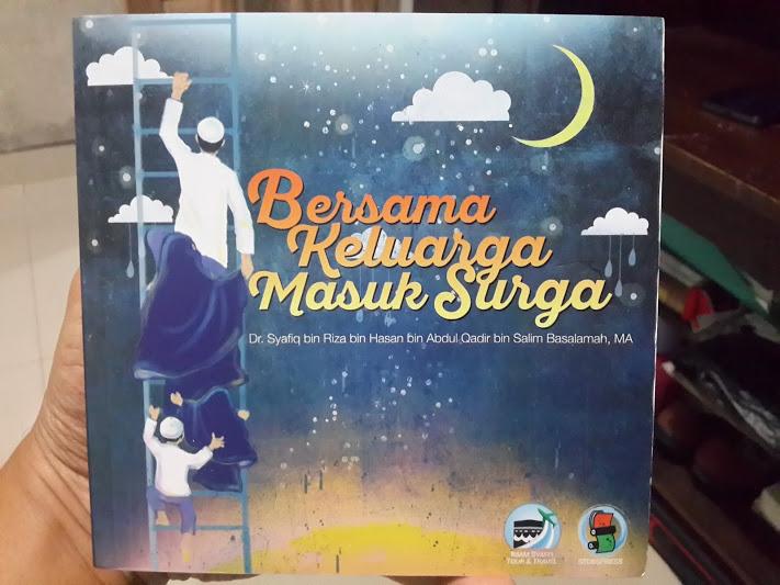 Buku Bersama Keluarga Masuk Surga Cover