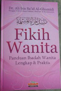 Buku Fikih Wanita Panduan Ibadah Wanita lengkap & Praktis cover 2
