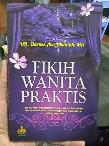 fikih wanita praktis buku cover