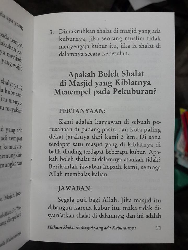 Buku Saku Hukum Shalat Di Masjid Yang Ada Kuburannya Isi 2